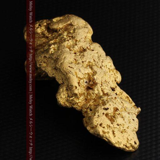 97.3gと超大型の色と形の美しい自然金-g0239-13