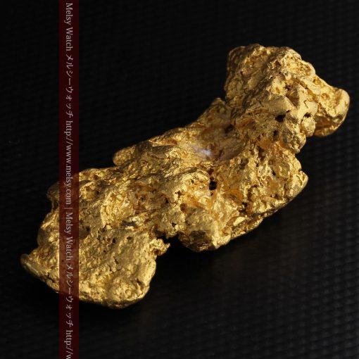 97.3gと超大型の色と形の美しい自然金-g0239-17
