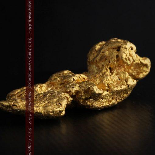 97.3gと超大型の色と形の美しい自然金-g0239-27