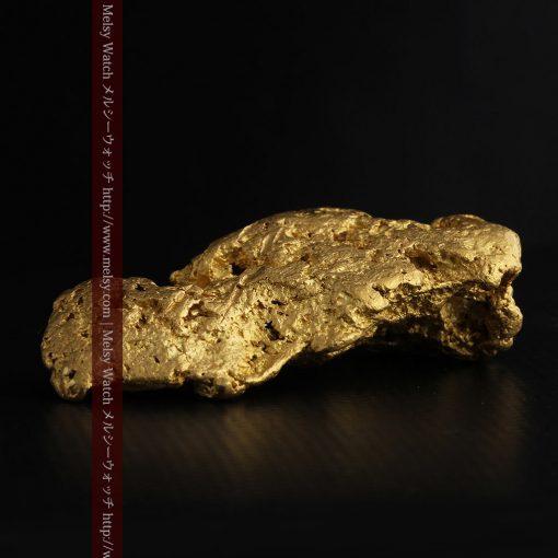 97.3gと超大型の色と形の美しい自然金-g0239-29