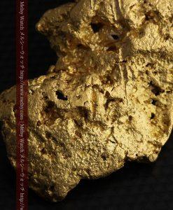 97.3gと超大型の色と形の美しい自然金-g0239-31