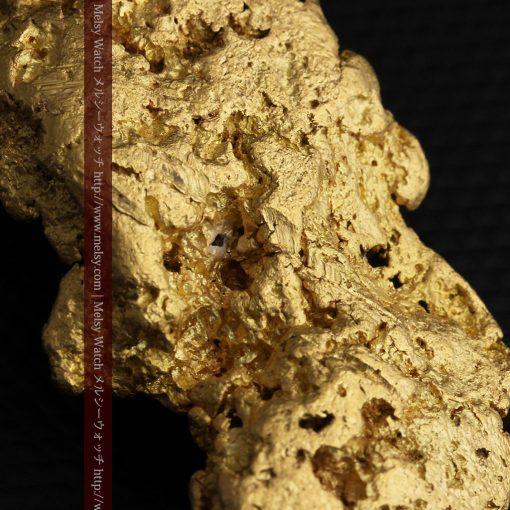 97.3gと超大型の色と形の美しい自然金-g0239-33