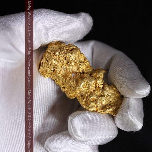 97.3gと超大型の色と形の美しい自然金-g0239-5