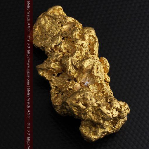 97.3gと超大型の色と形の美しい自然金-g0239-8