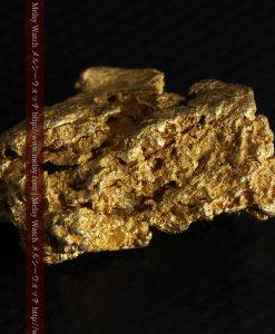 16.45gの自立する狛犬のような姿の自然金-g249-12