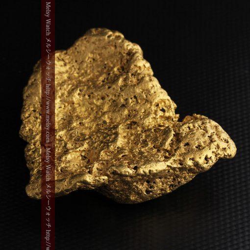 300g超えの博物館級の超大型自然金-g0250-16
