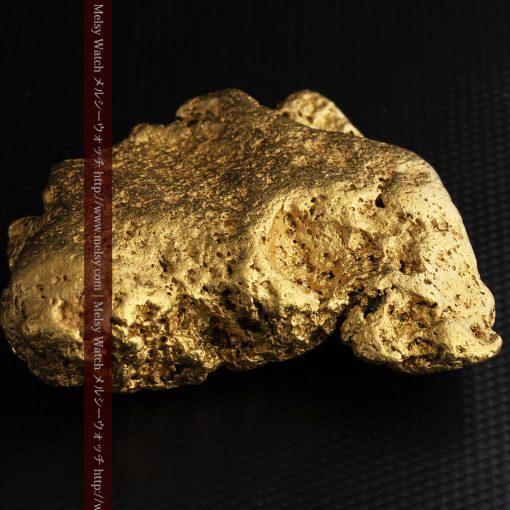 300g超えの博物館級の超大型自然金-g0250-24