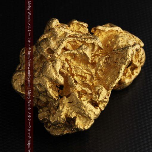 231gの天然のジュエリーのように光り輝く超大型自然金-g0251-12
