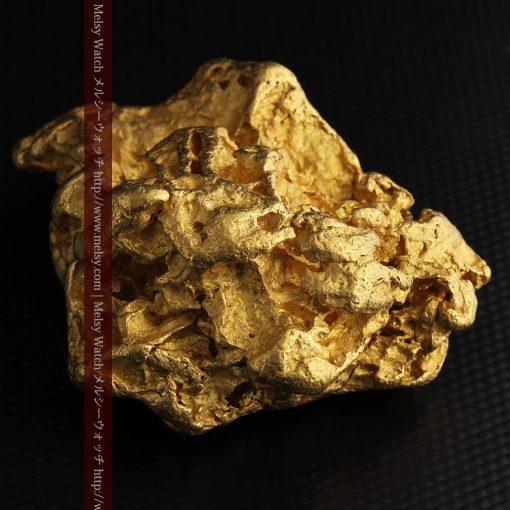 231gの天然のジュエリーのように光り輝く超大型自然金-g0251-14