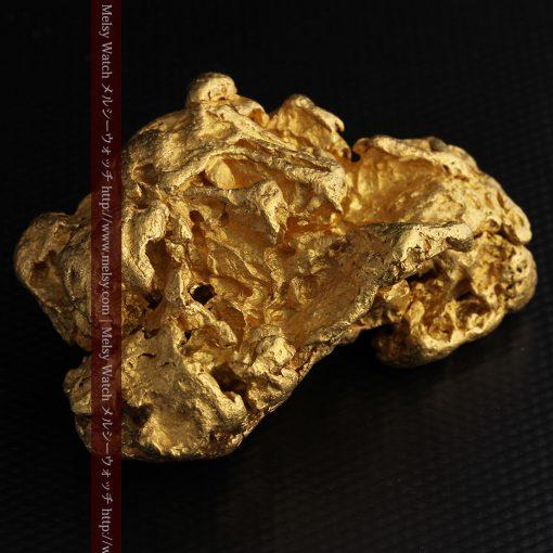 231gの天然のジュエリーのように光り輝く超大型自然金-g0251-19
