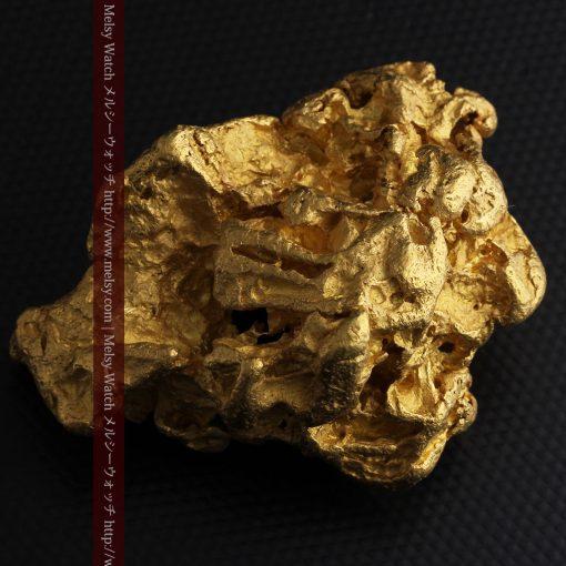 231gの天然のジュエリーのように光り輝く超大型自然金-g0251-8