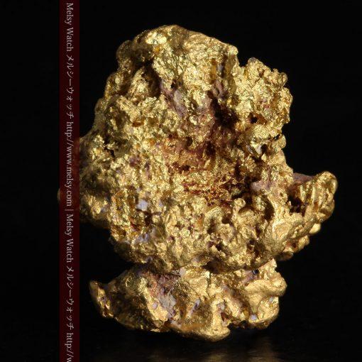 7.45gの自立して飾れる雰囲気の良い自然金-g0252-1