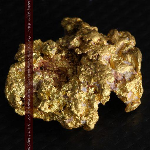 7.45gの自立して飾れる雰囲気の良い自然金-g0252-10