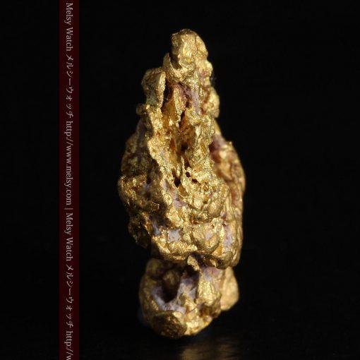 7.45gの自立して飾れる雰囲気の良い自然金-g0252-3