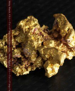 7.45gの自立して飾れる雰囲気の良い自然金-g0252-5