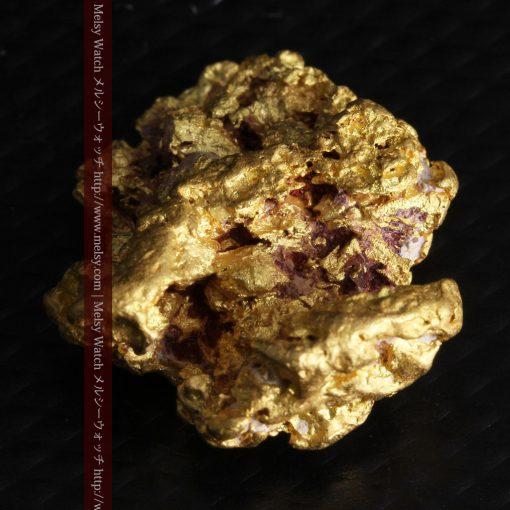 7.45gの自立して飾れる雰囲気の良い自然金-g0252-8