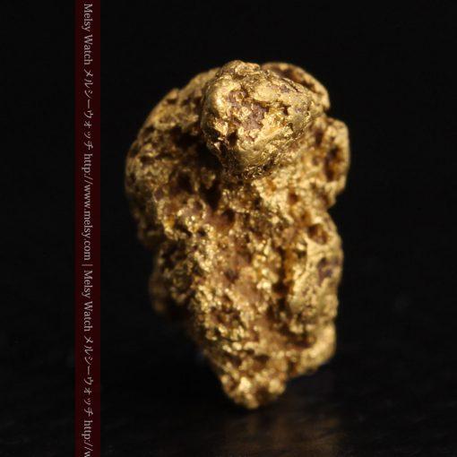 1.91gの座った犬のような形をしている自然金-g0264-4