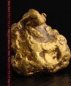 4.1gの小粒ながら重量感も楽しめる自然金-g0266-1