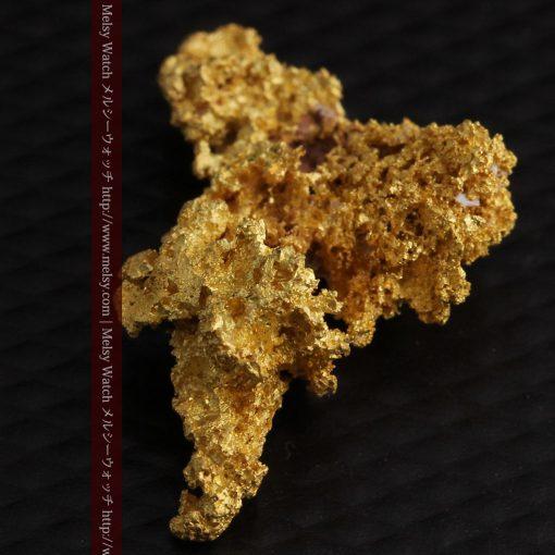 3.4gの非常に繊細な粒子の集まりのような自然金-g0268-13
