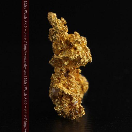 3.4gの非常に繊細な粒子の集まりのような自然金-g0268-4