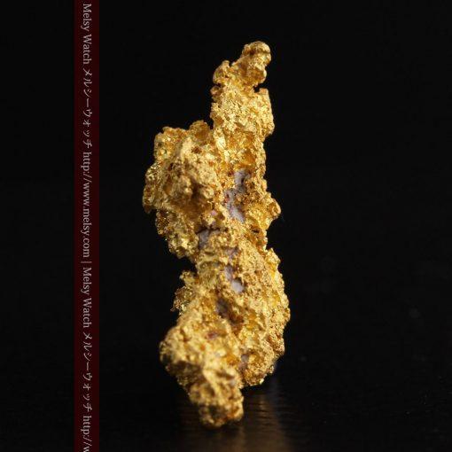 3.4gの非常に繊細な粒子の集まりのような自然金-g0268-5