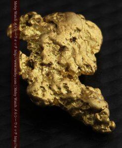 2.26gのねずみ・兎のような形の自然金-g0270-12