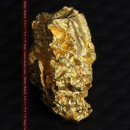 2.15gのちょっと珍しい角ばった自然金-G0277-6