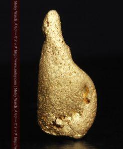 2.45gの瓢箪のような形の愛嬌ある自然金-G0278-1