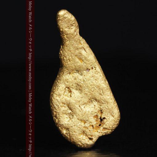2.45gの瓢箪のような形の愛嬌ある自然金-G0278-2