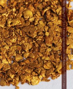 2.59gの小さな砂金・薄片金とやや粒の大きな自然金2点-G0336-5