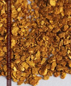 2.68gの小さな砂金・薄片金とやや粒の大きな自然金2点-G0337-6