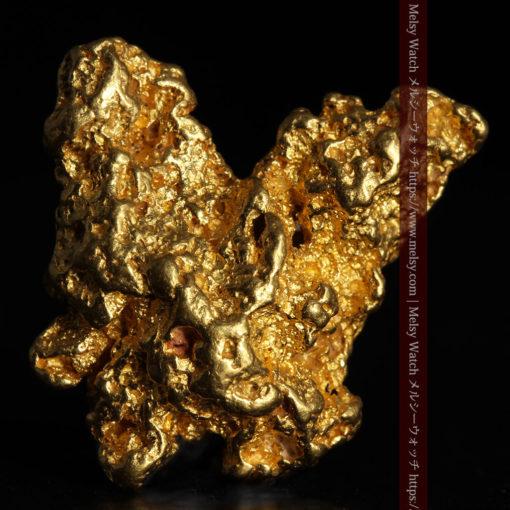 6.73gの羽を広げる蝶のような形の綺麗な自然金-G0364-2