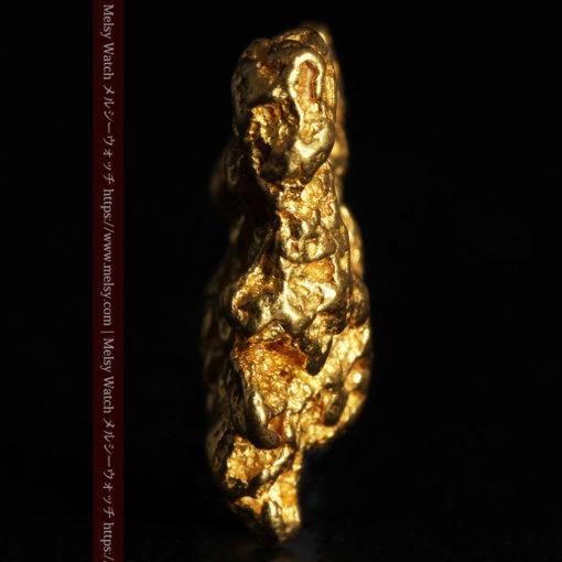 6.73gの羽を広げる蝶のような形の綺麗な自然金-G0364-4