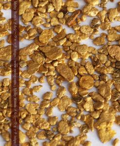 4.47gの小さな薄片金とやや粒の大きな自然金3点-G0373-2
