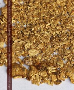 3.5gの小さな砂金・薄片金とやや粒の大きな自然金3点-G0375-2