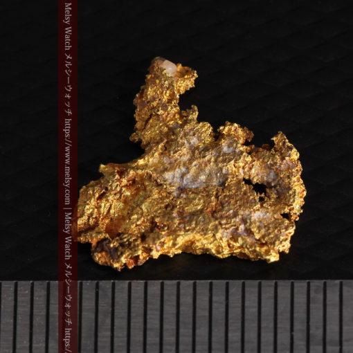 2.17gの綺麗な面を楽しめる自然金-G0382-13