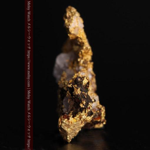 1.71gの小さな石英などを含む個性的な形の自然金-G0384-4