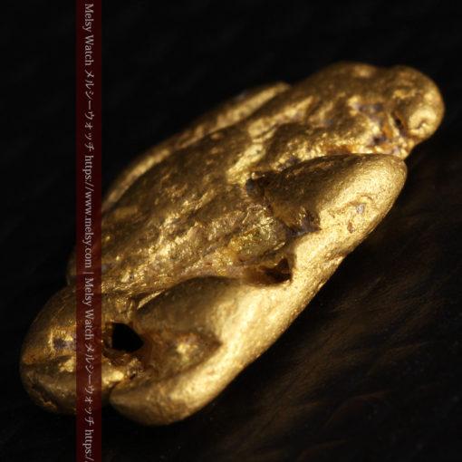 1.70gのうさぎ・モルモットのような形の自然金-G0391-11