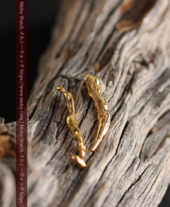 1.88gの綺麗に磨かれた2本の細い自然金-G0414-2