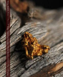 1.40gの凹凸と立体的な空間の綺麗な自然金-G0417-13