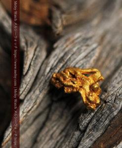 1.40gの凹凸と立体的な空間の綺麗な自然金-G0417-14