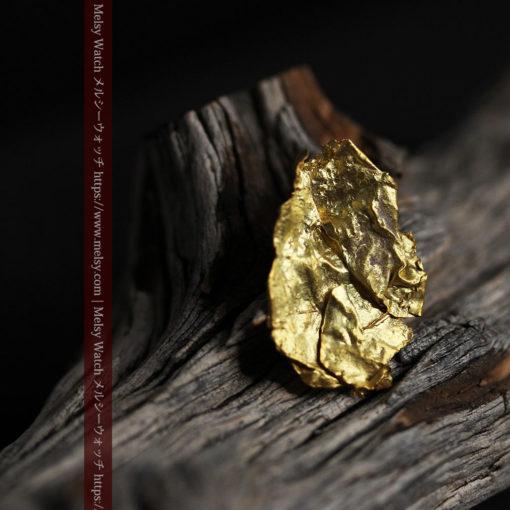 1.08gの非常に薄くかつ大きな面の希少な薄片金・自然金-G0422-12