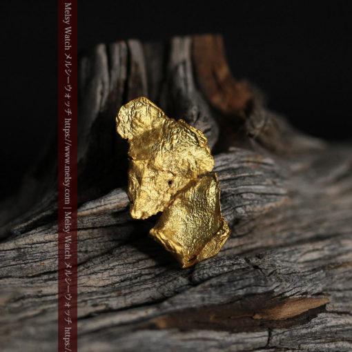 0.67gの非常に薄い面の大きな薄片金・自然金-G0426-4