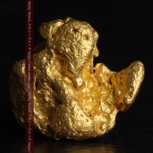 2.84gの天然の粗削りな美しさがある自然金-G0441-3