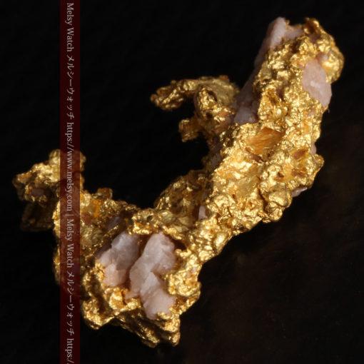 3.04gの咆哮する黄金色に輝く竜のような形の自然金-G0443-10